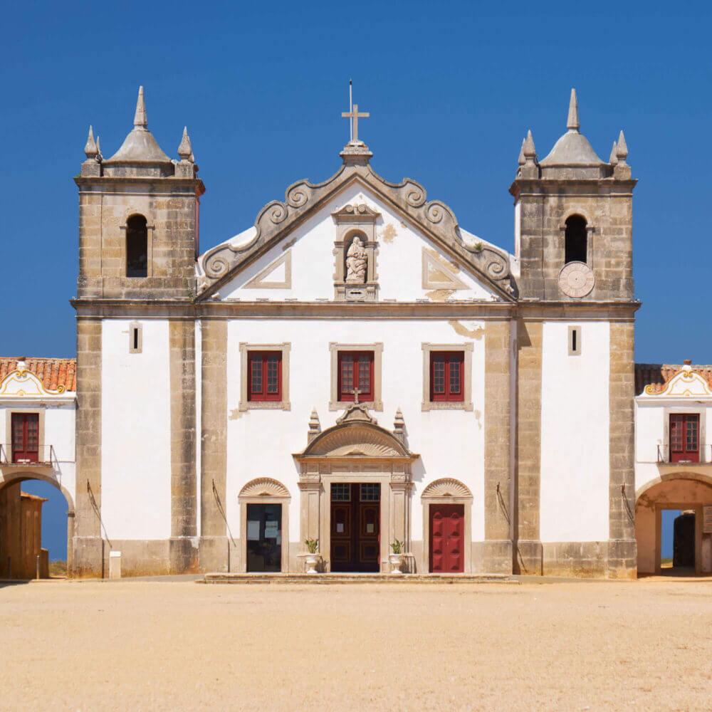 Kirche Nossa Senhora do Cabo, Cabo Espichel, Portugal